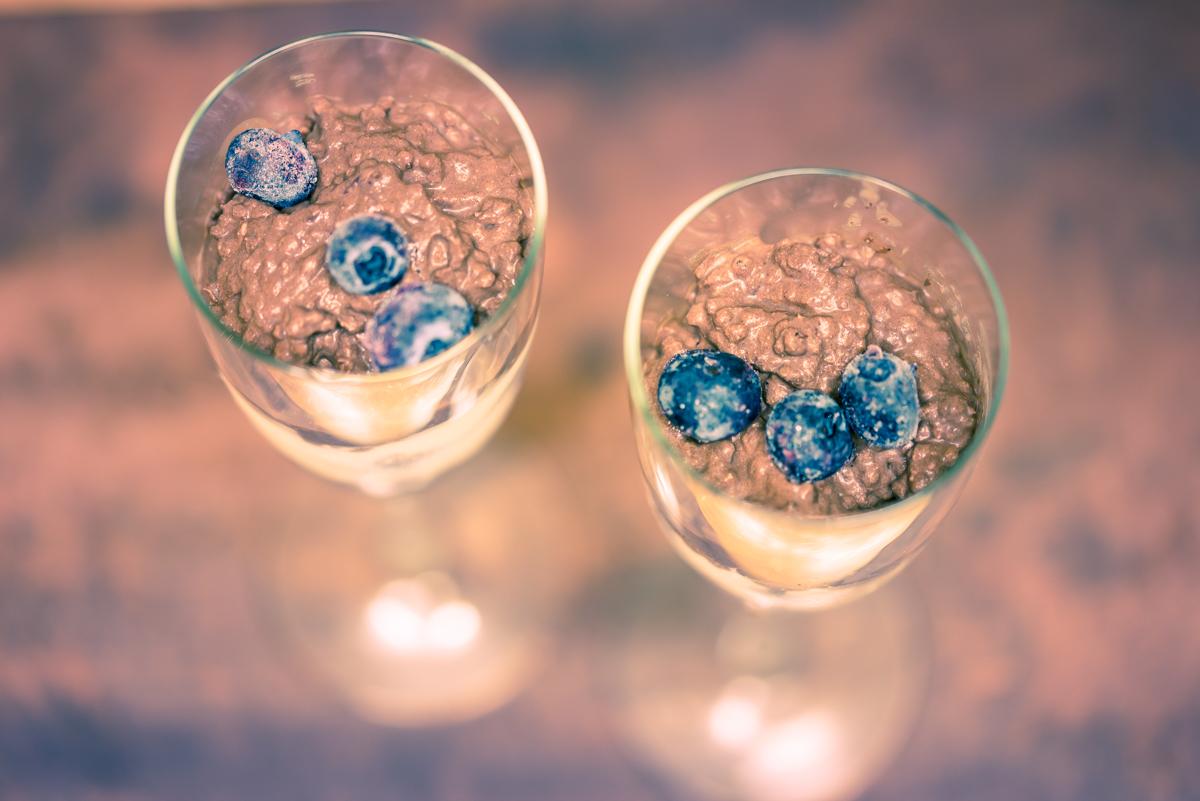 Blueberry chocolate pudding