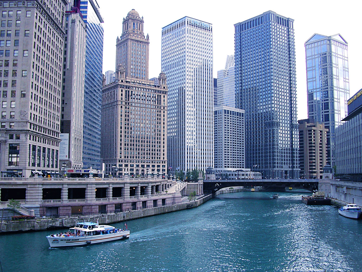 chicago and river