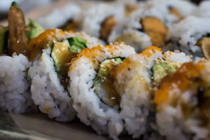 free picture of a dynamite sushi roll