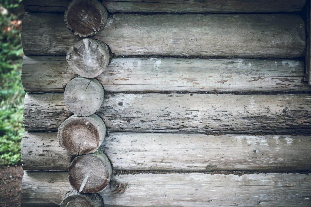 Log Cabin Closeup