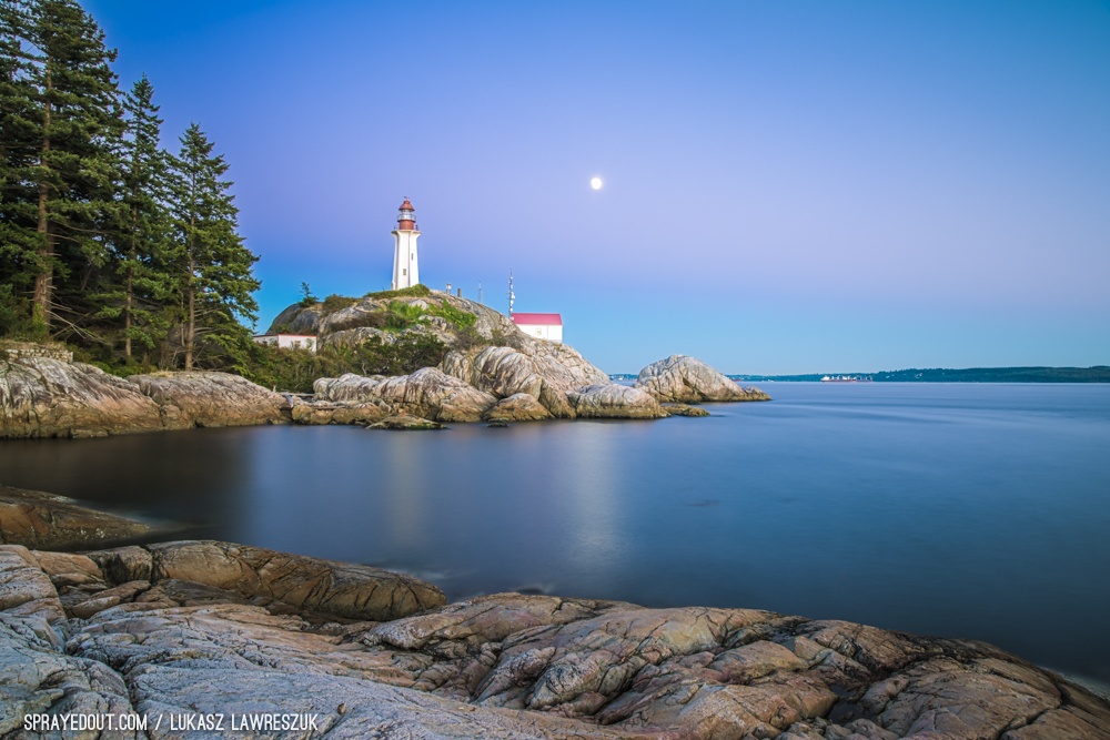 West Vancouver Lighthouse & the Moon