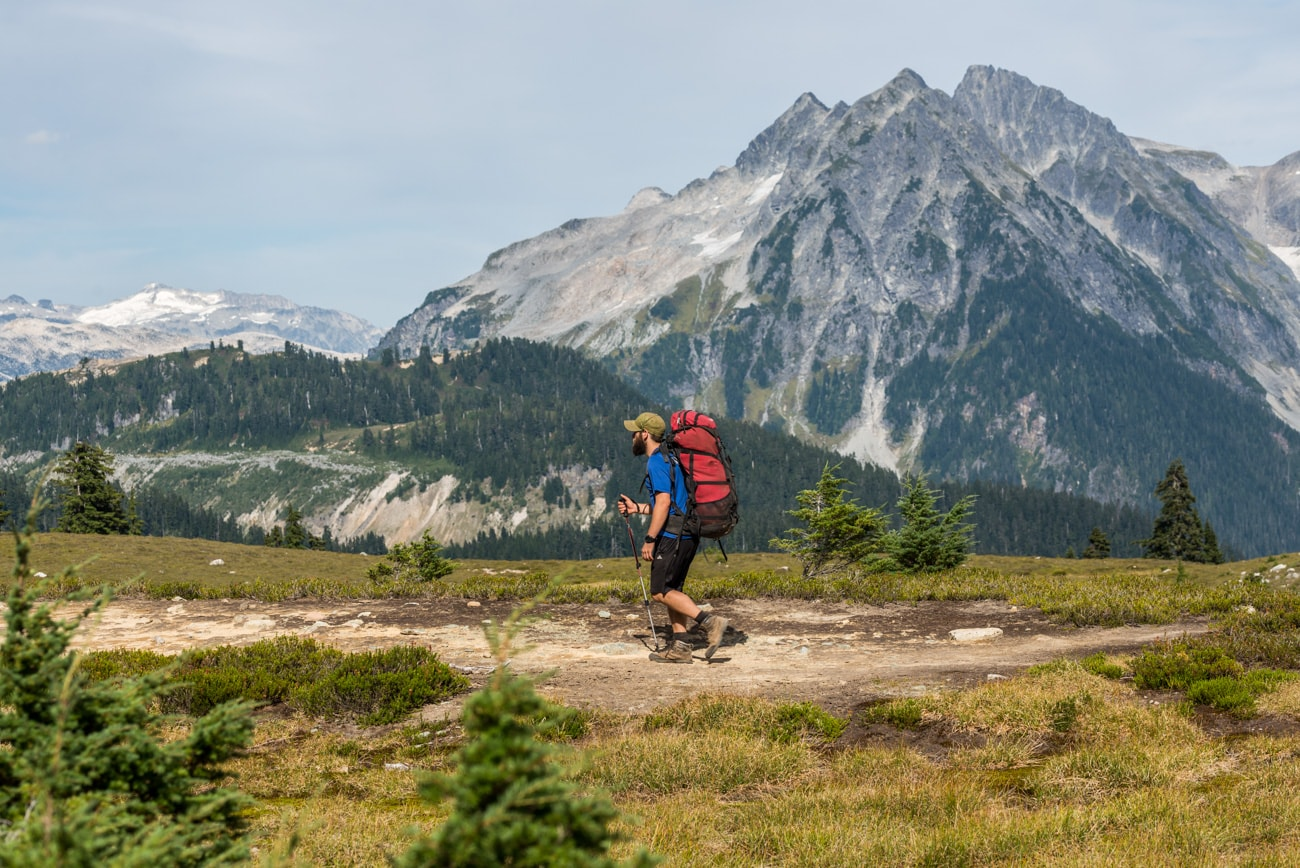 Hiker on his way to Elfin Lakes