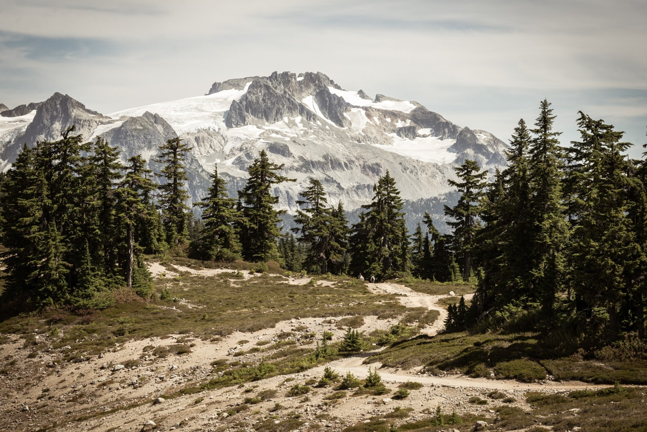 Big Mountains with Snow in Garibaldi Provincial Park & Curvy Road to Elfin Lakes