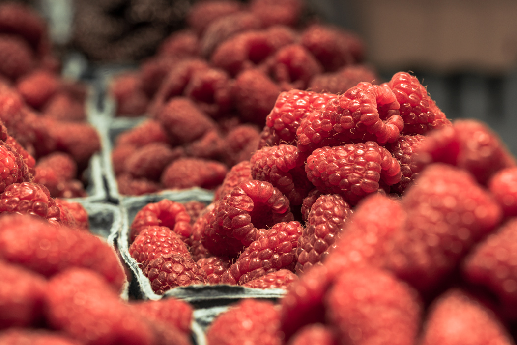 Raspberries Closeup View : Free picture for bloggers