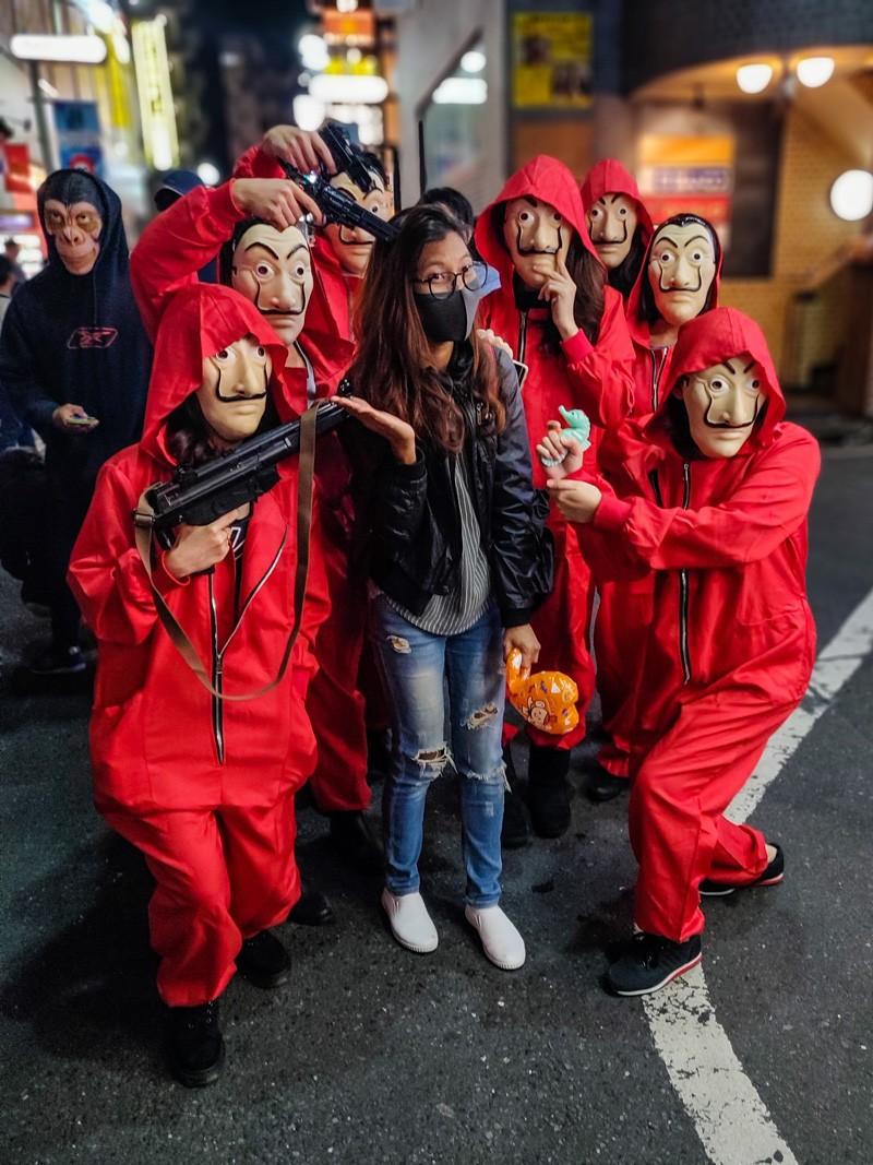 Dali Masks & Casa de Papel (Money Heist) Red Suits : Halloween costumes for groups