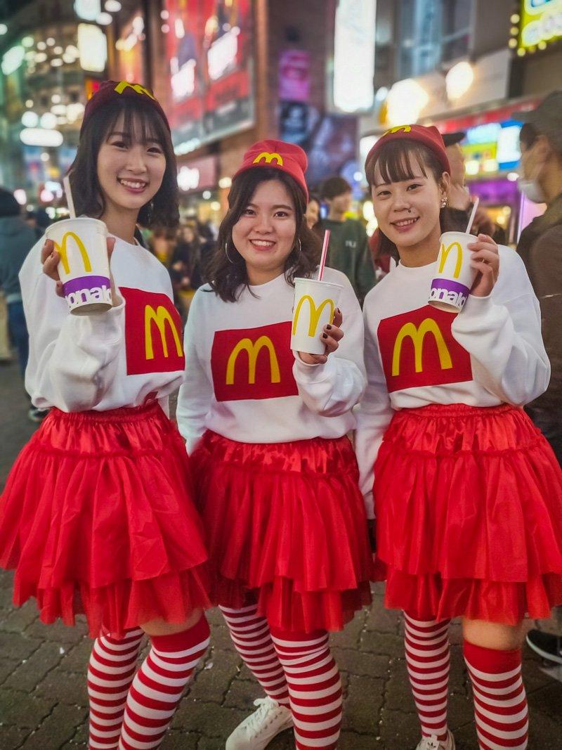 Halloween costumes of McDonald's girls!