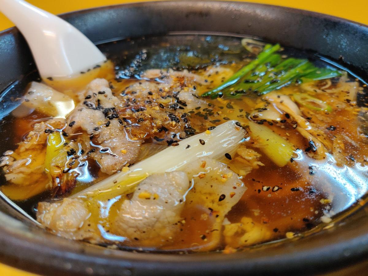 十八番 : Garlic Ramen in Ogikubo : Signature Dish