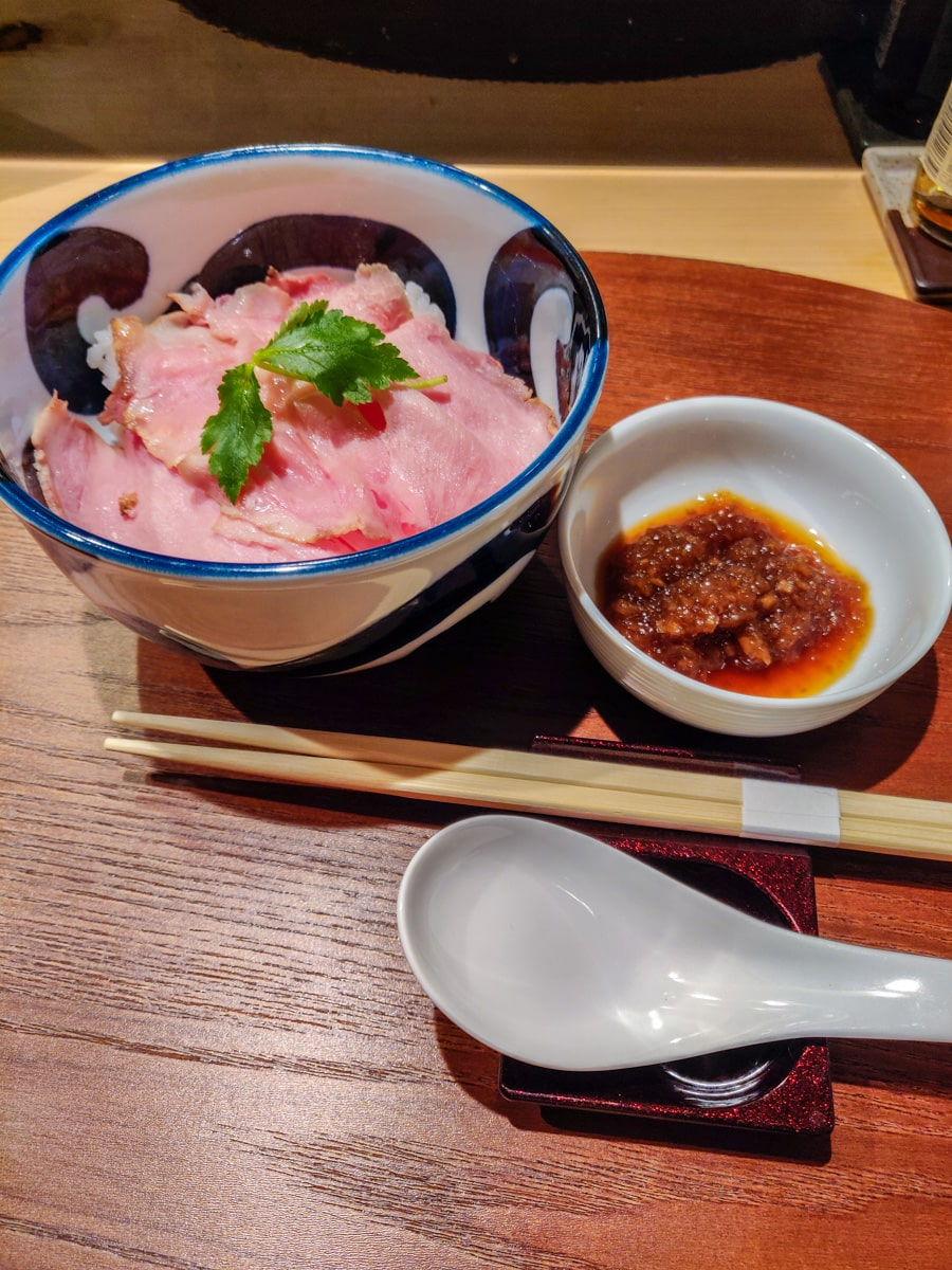 Kagari Side Dish: Meat on Rice